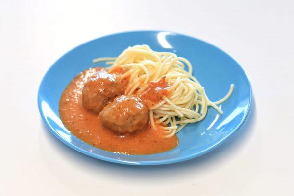 Prato Carne- Almôndegas de Vitela com esparguete