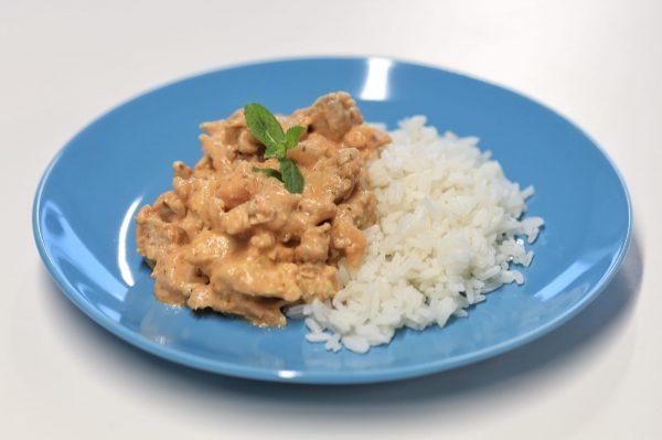 Prato Carne - Frango com Hortelã e Arroz Thai