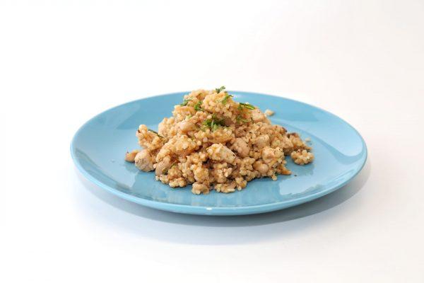 Boulgour com feijão-frade e tofu - comida para bebé gourmet