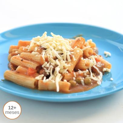 Macarrão com legumes e cogumelos gratinados comida para bebé gourmet