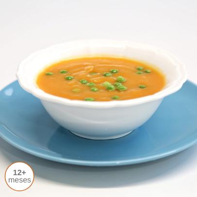 Sopa de cenoura com ervilhas